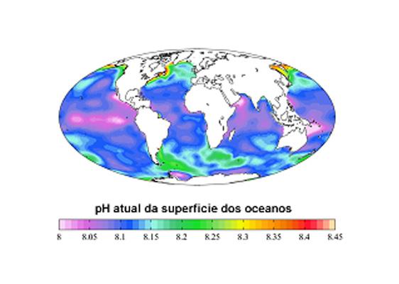 pH atual da superfície dos oceanos